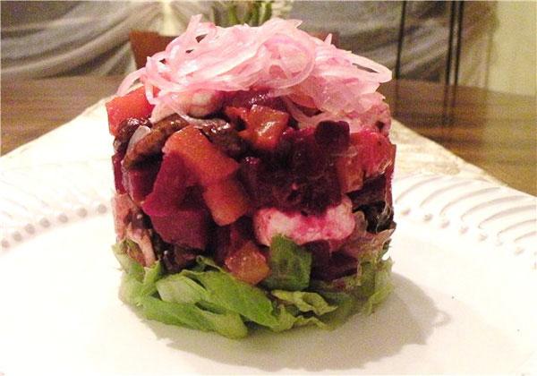 Салат французский со свеклой с фото